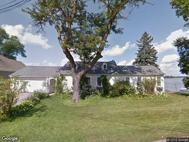 Superbowl - Lake Minnetonka Execsior House