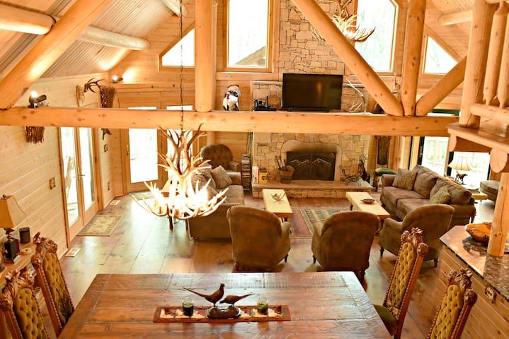 Pheasant Ridge Lodge-- An Outdoors Lovers Paradise