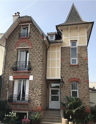 Charme d'époque logement 4/5 personnes