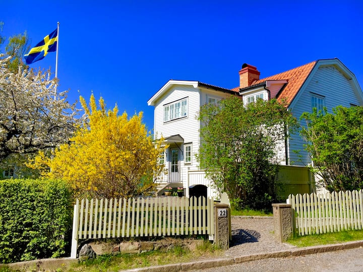 Villa in idyllic part of Bromma