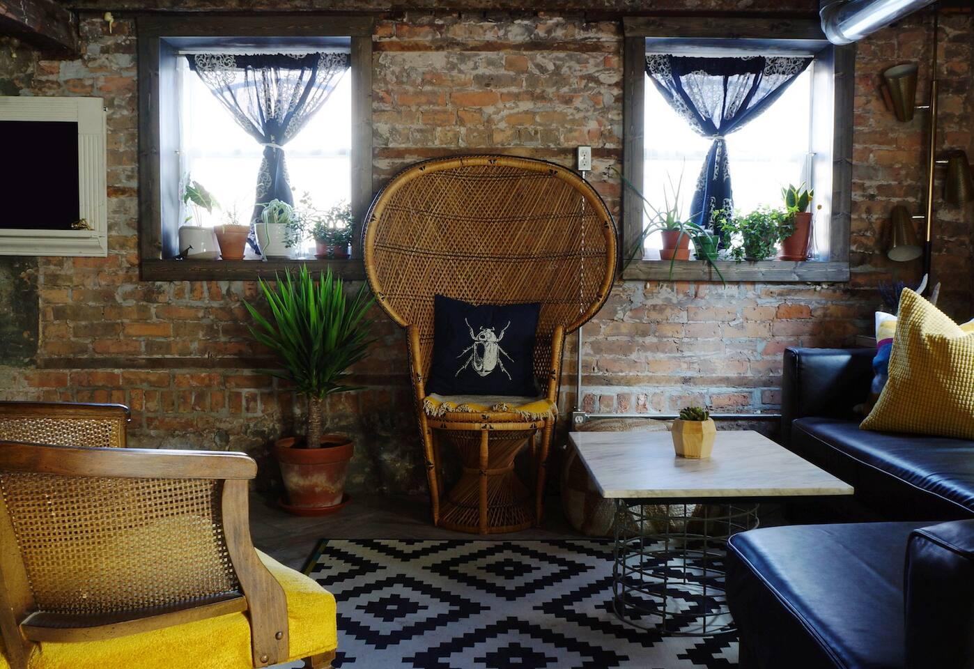The Roosevelt Suite - Garden Studio