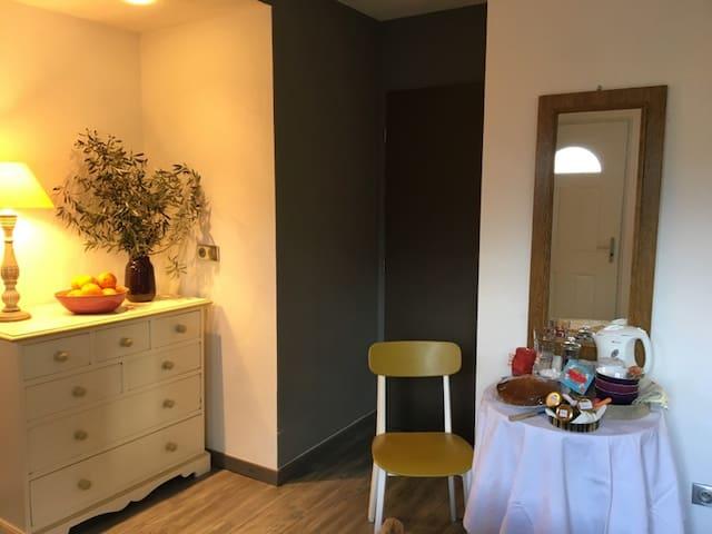studio douillet et indépendant au calme plein pied - Vescovato - Apartment