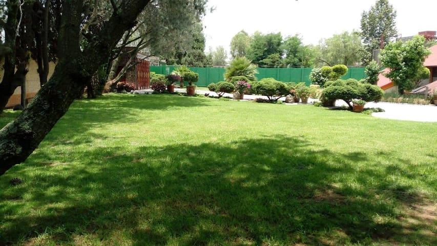 La Quinta de Xochimilco & Jardín de Eventos