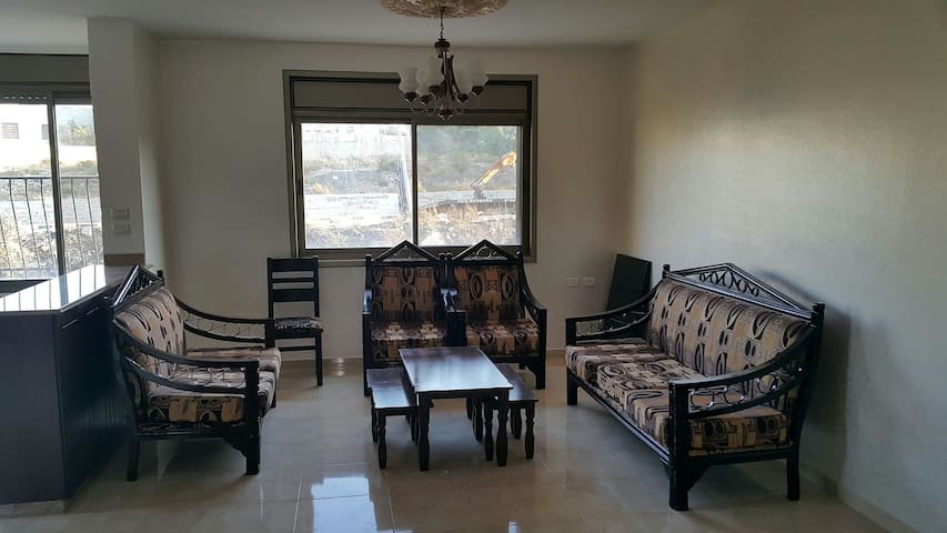 Beautiful 3 Bed ,2 Bath apartment - Ramallah