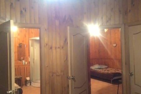 Уютная комната можно снять от 1часа - Oryol - Albergue