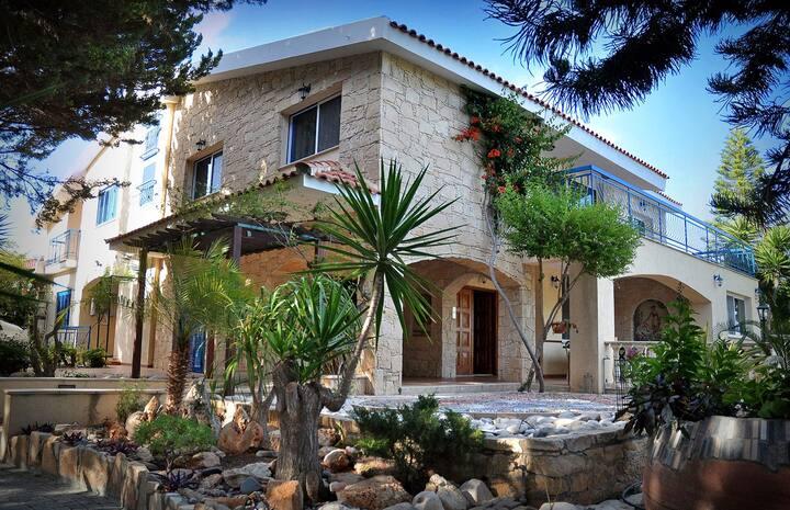 Villa Mosaica - 9 Bedrooms