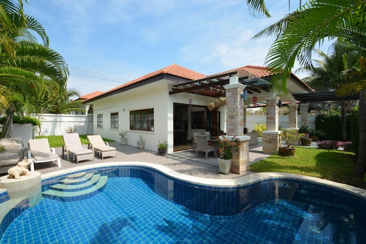 Unforgettable Holiday Experience in Hua Hin