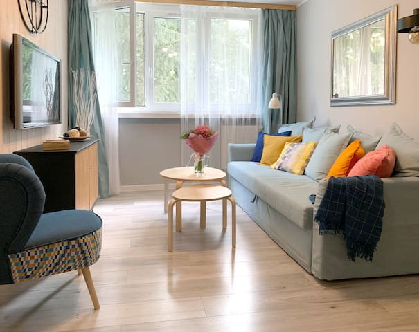 Comfortable apartment with welcome beer treat!