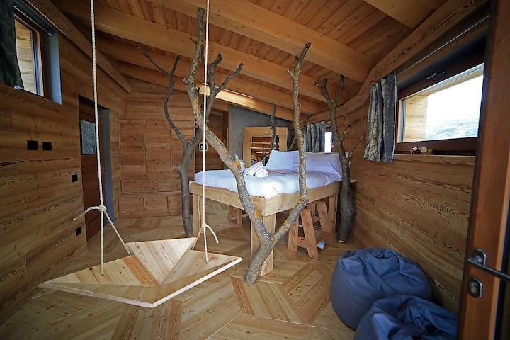 One Room: an art bedroom