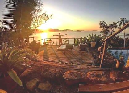 Stonecastle Vista-Mar Suíte-Prumirim