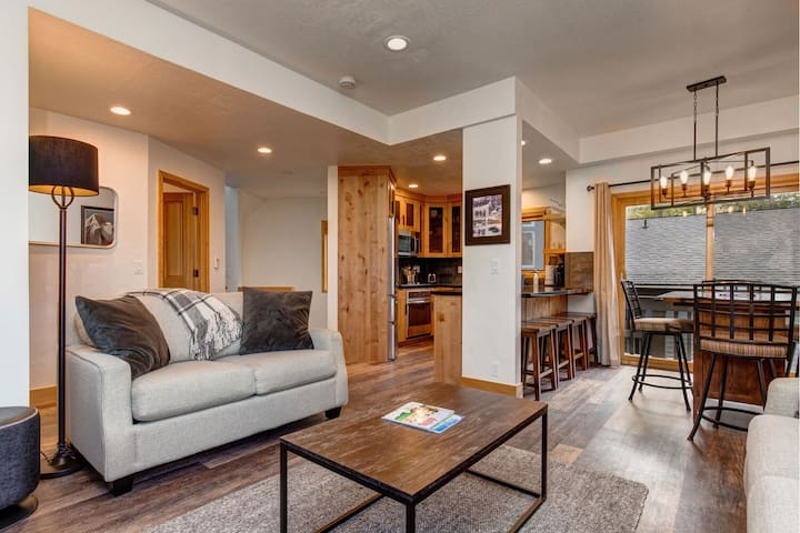 Completely Remodeled 1,422 Square Foot Condo in Old Town