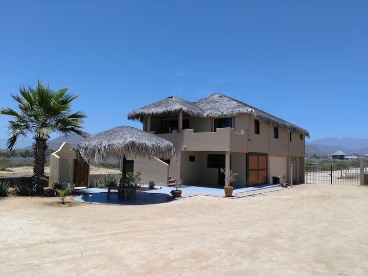 Cerritos Beach Palace's Studio Gaia