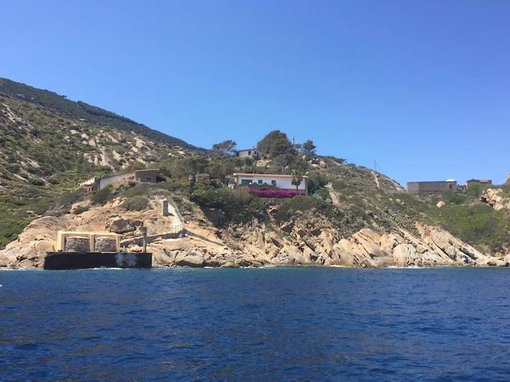 Villa sul mare con vista su Giannutri