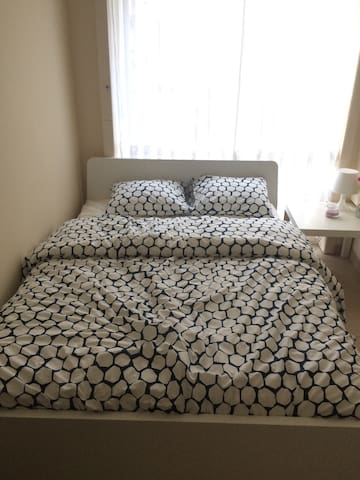Nice private room in Brussels ! - Schaerbeek - Rumah