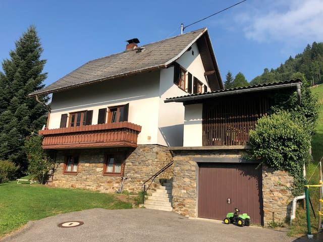 Entire House close to Millstätter See/Feld am See