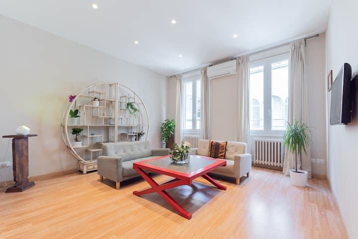 Brand New Apartment close to Duomo