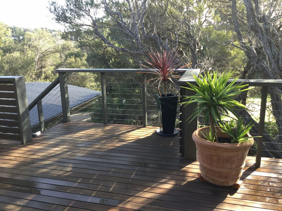 Stunning Large Sunny North Facing Front Deck With Tree Top Aspect