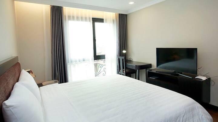 Luxury apartment Ba Trieu, vincom, nguyen du