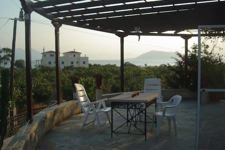 Private cottage in Aegina - Egina