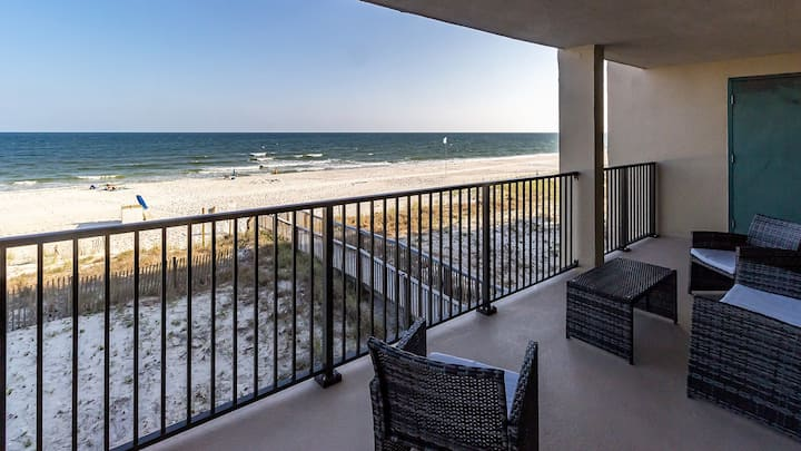 Wind Drift SW 207 - Large Beachfront Unit w/ Spacious Private Balcony!