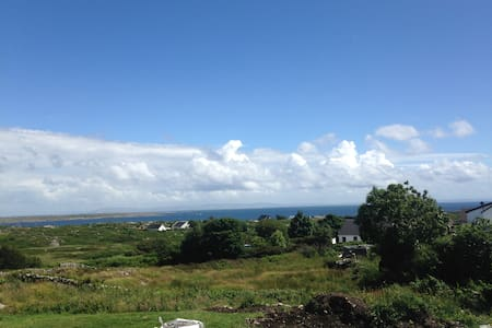 Beside the sea - 2 bedroomed Chalet - Galway - Faház