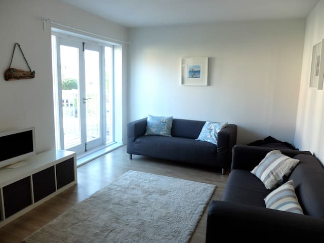 Sea Mist, bright and spacious apartment near beach - Swanage - Lejlighed
