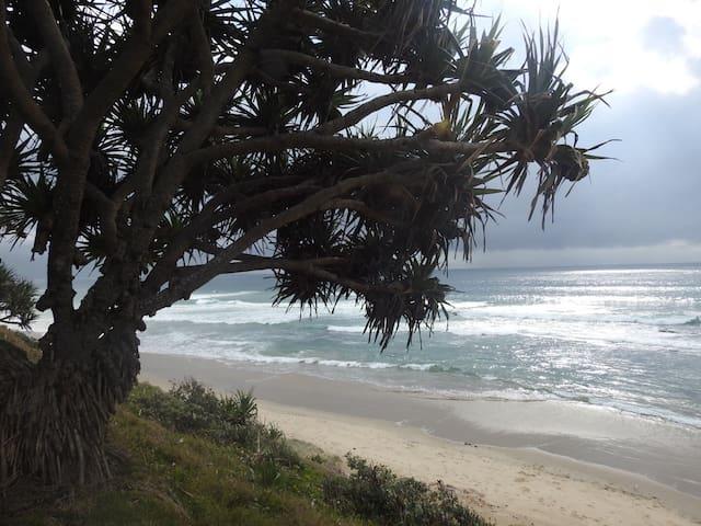 Stunning Corindi Beach Hou - Corindi Beach - Huis