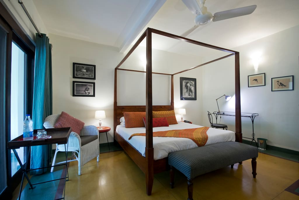 Couples Room For Rent In Delhi