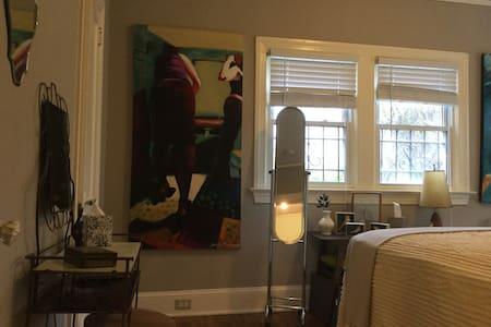 Spacious centrally located home - Atlanta - Hus