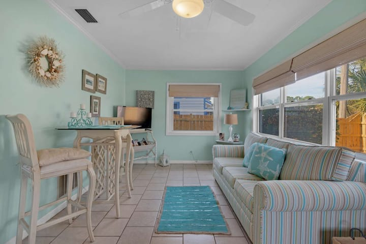 New Listing! Pet friendly! Two Bedroom Cottage Only Block From the Beach - Attraction tickets
