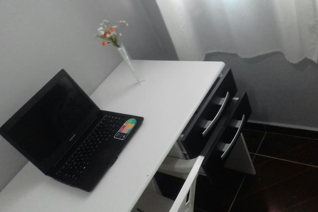 Escrivania home office