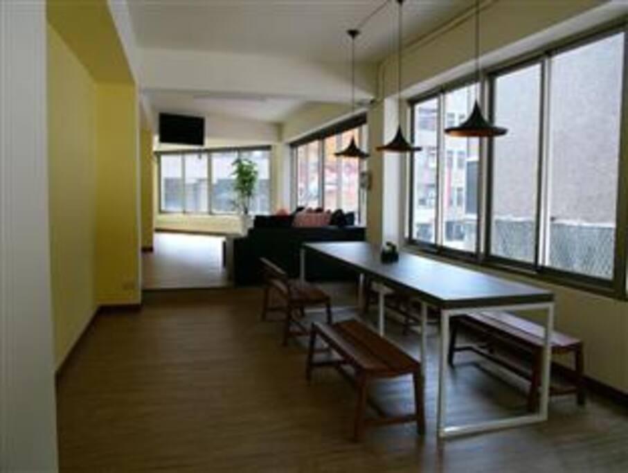 2F Living room /2樓交誼廳