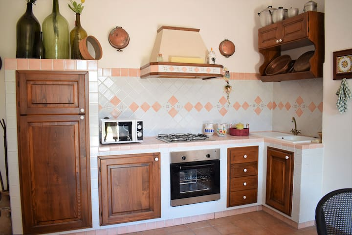 Il Lapillo with garden, parking space and heating