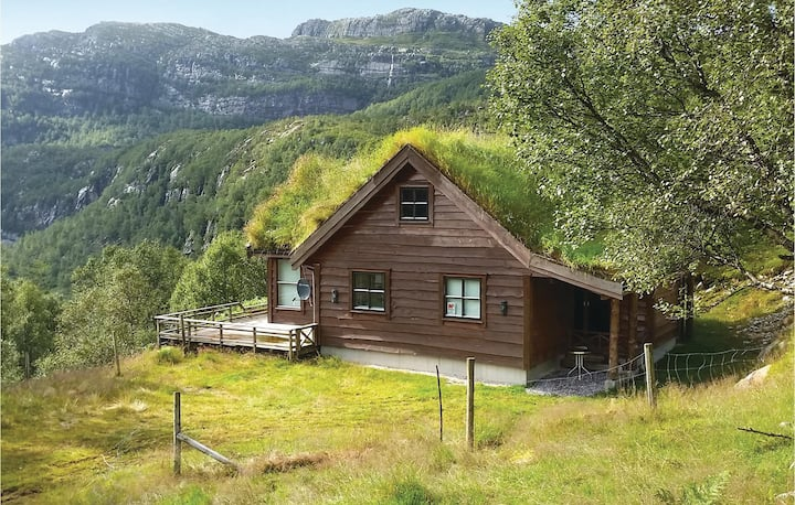 Amazing home in Vikeså with 4 Bedrooms