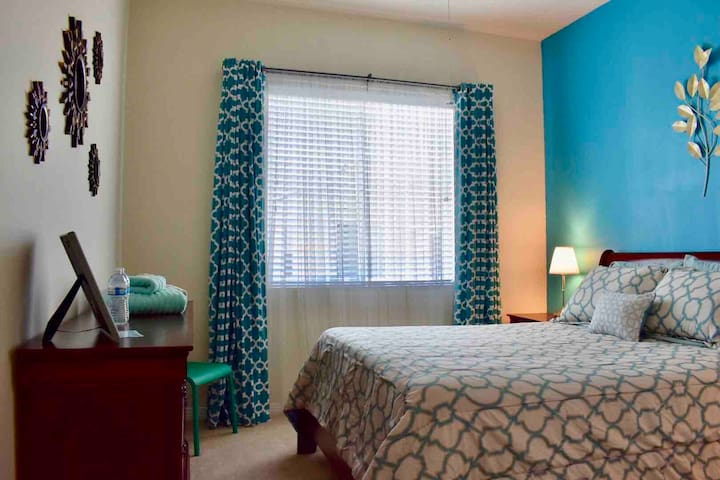 Charming room close to Disneyland *20% off