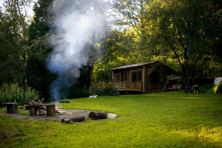 Gramp's Creekside Camp