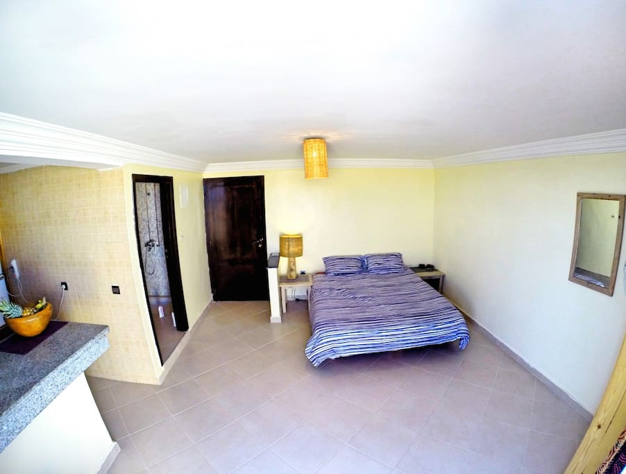 Studio penthouse open space. Extra storage room available for equipment or luggage if needed.