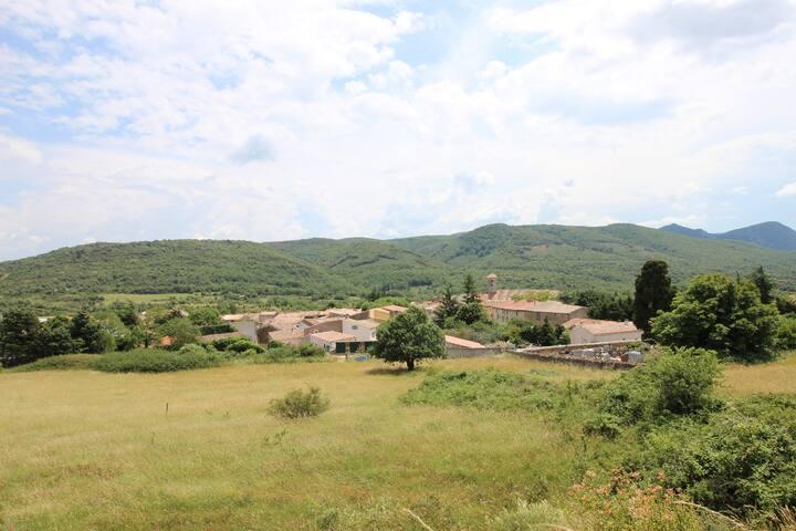 Le village de Mouthoumet
