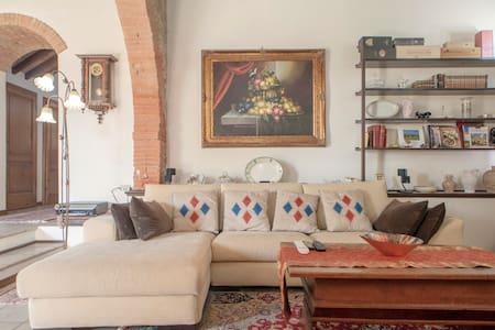 Astounding Tuscany - Villa Bella Vista - Chianni