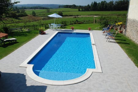 Gite with stunning view and pool - House