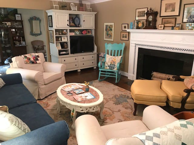 Guests are welcome to enjoy the living room including watching cable or Roku on the television. It's also a great place to read or listen to music and relax.