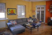 Wohnzimmer - ausziehbare Couch