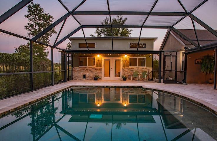 Brooksville Guest House