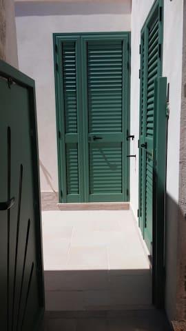 Casa in zona costiera a 50 metri dal mare - Otranto - Hus