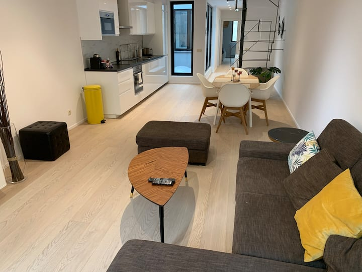 Duplex at the Grand Place