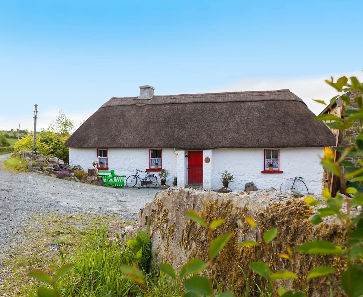 The only rentable thatched cottage in County Longford - as featured in The Irish Times & Irish Independent newspapers