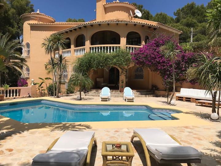 Wunderschöne, ruhige Villa in Denia