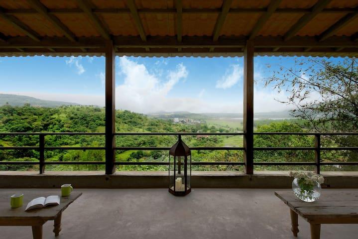 ☆3BHK Lake View Villa in Lonavala☆ near Bhushi Dam