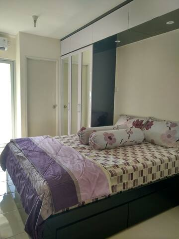 Clean and Comfy Educity Residence @Pakuwon City