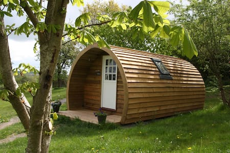Luxury Glamping Pod - Willow